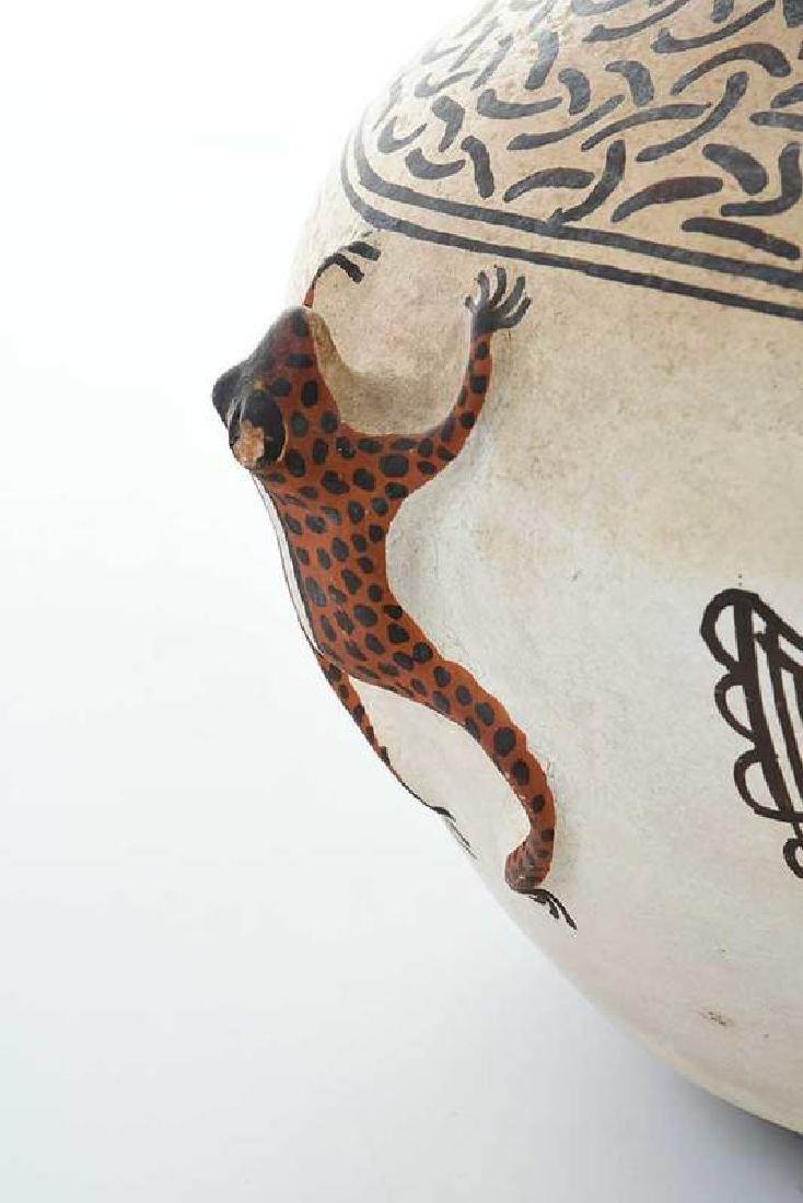 Zuni Pueblo Frog Effigy Bowl - 8