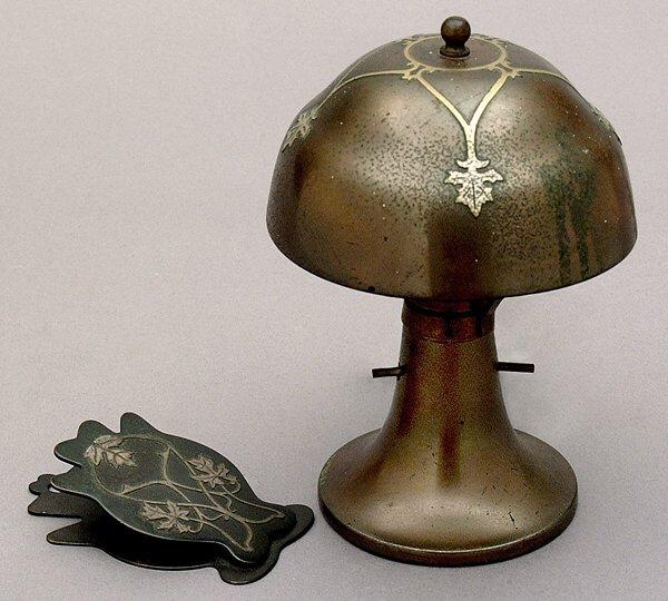 18: Heintz-style Arts and Crafts lamp,