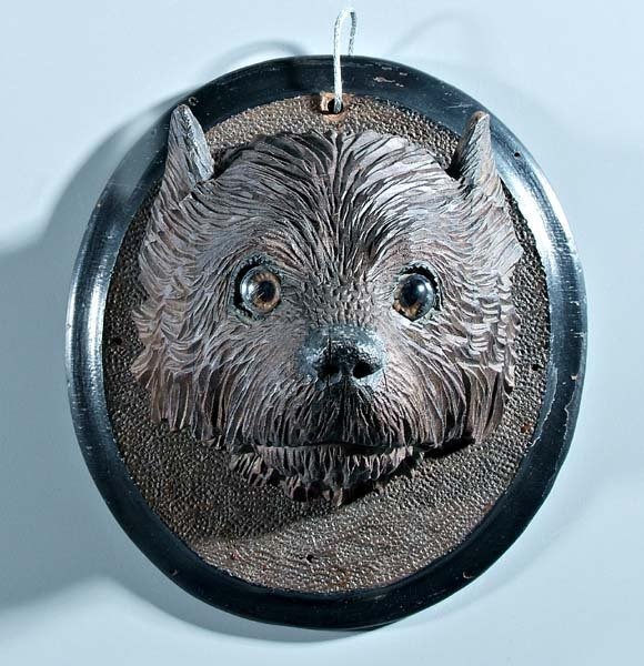 650: Henry Leach carved walnut dog's head,