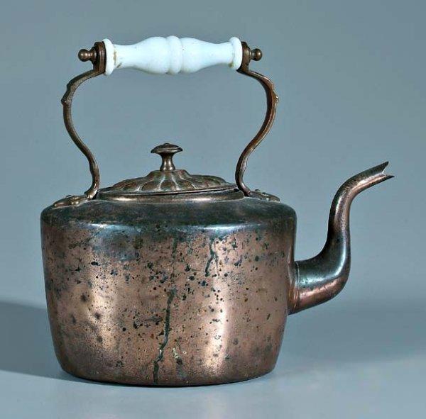 659: English copper coffeepot,