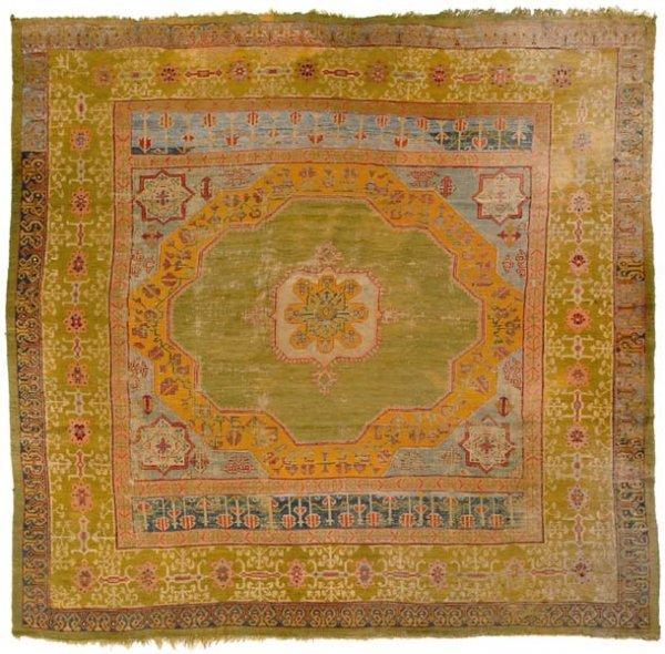 867: Oushak rug,