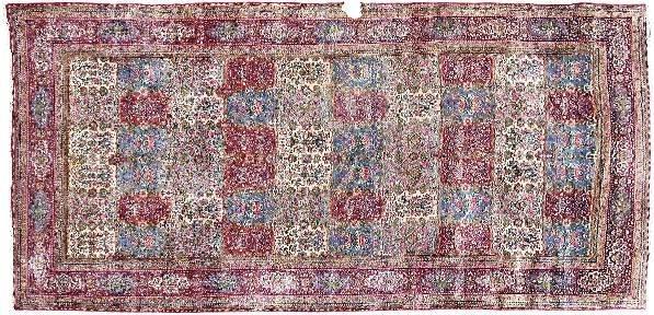 870: Kerman rug,