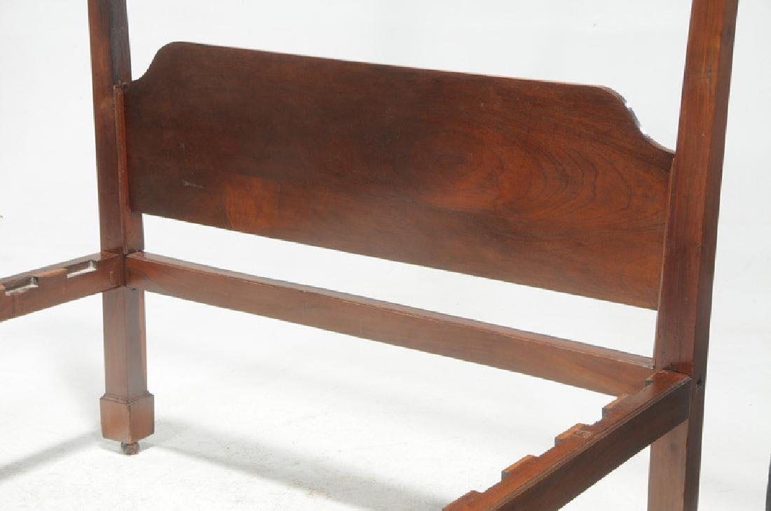 Rare Southern Federal Tobacco Leaf Carved Bed - 6