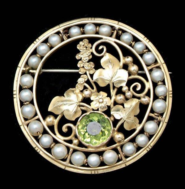 1216: Vintage Art Nouveau pearl brooch,