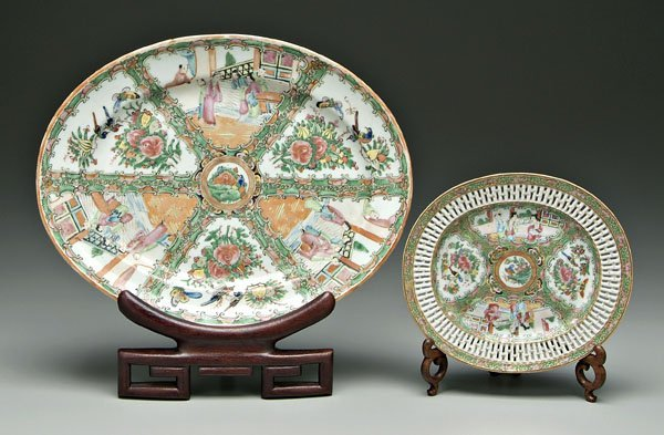 19: Two pieces [famille rose] porcelain,