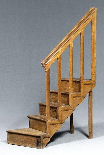 642: 19th century English staircase,
