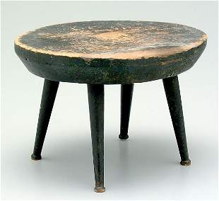 Shaker stool,