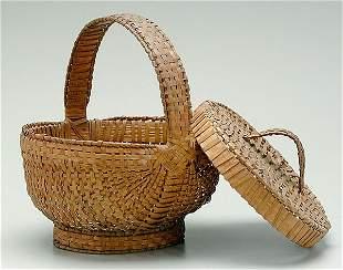 Lidded and footed basket,