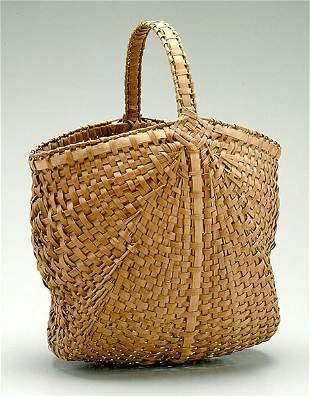 Double shouldered gathering basket,