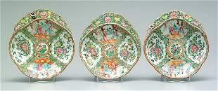 Three similar Chinese porcelain bowls