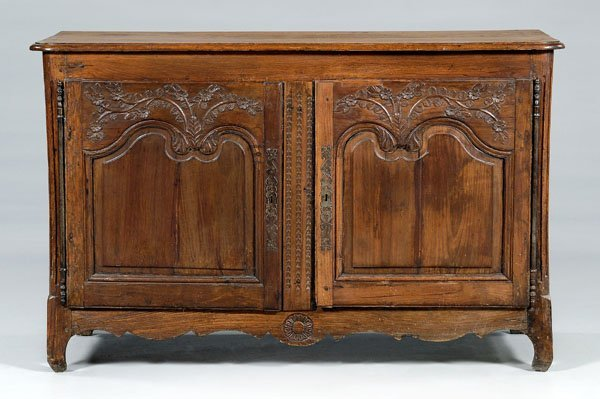 635: French Provincial carved  buffet,