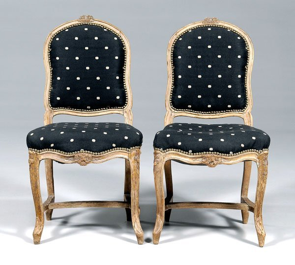 637: Pair Louis XV carved side chairs: