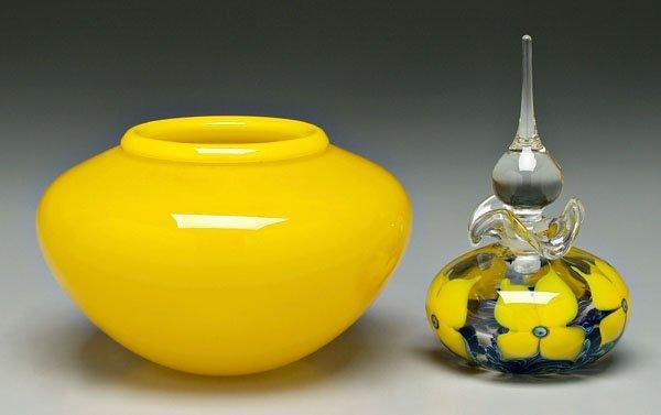860: Two pieces Daniel Lotton art glass: