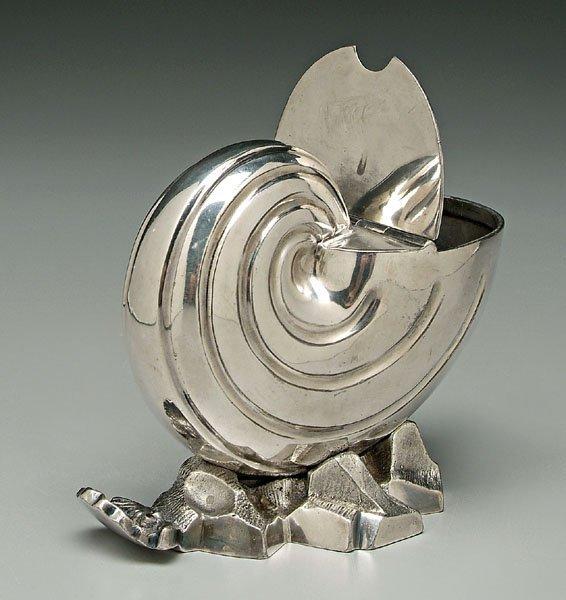 746: Silver plate spoon warmer,