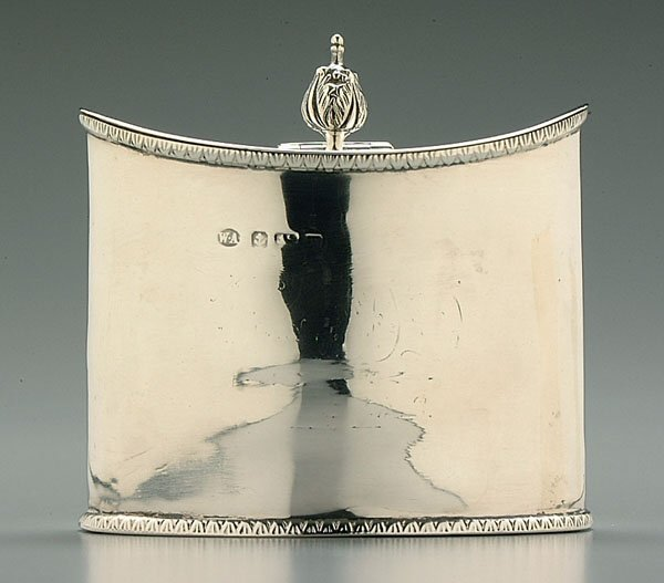 600: English silver oval tea box,