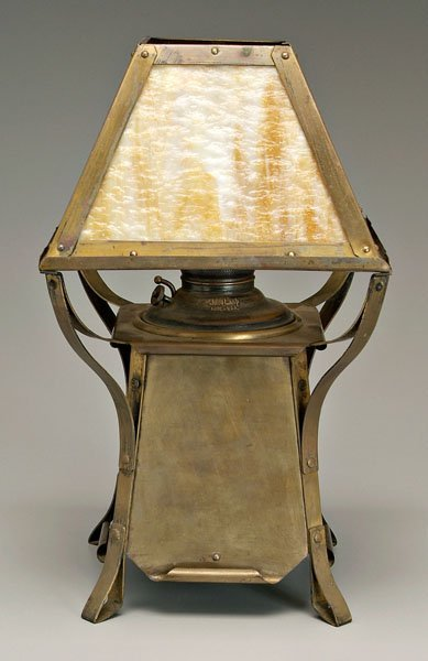 571: Juno Arts and Crafts brass lamp,