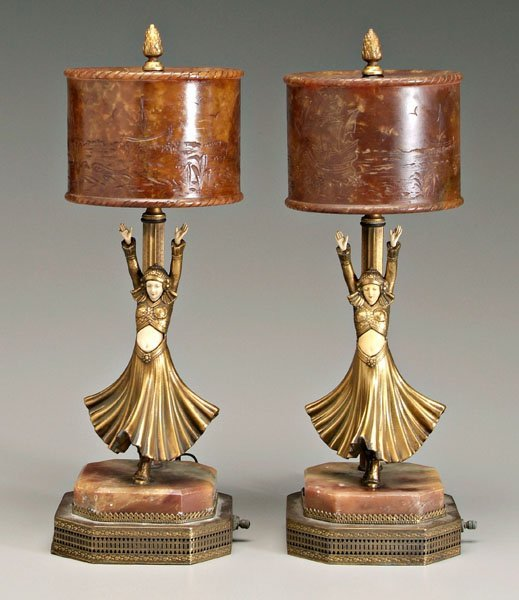 578: Pair Chiparus style lamps: