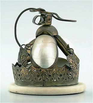 Servant bell,