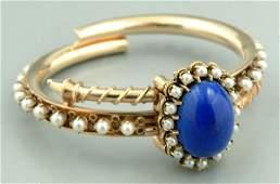 107: Pearl and lapis bracelet,