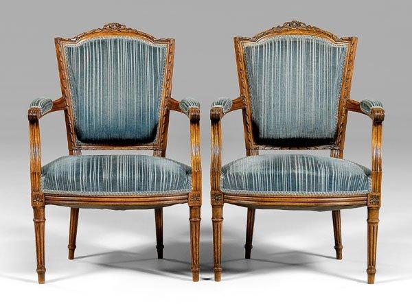 23: Pair Louis XVI style [fauteuils:]