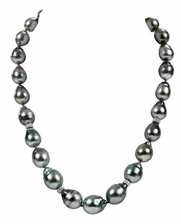 18kt. Pearl and Diamond Necklace