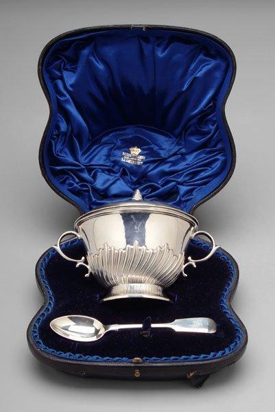9: Cased English silver porringer, spoon:
