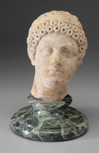600: Classical marble statue,