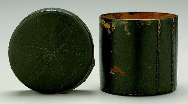 15: Circular lidded box,