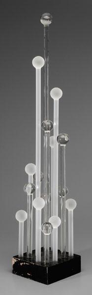 4: American glass sculpture,