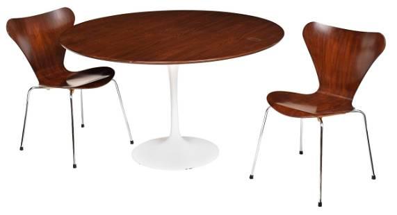 Eero Saarinen Designed Tulip Table, Two Chairs