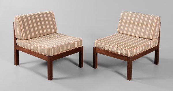 660: Pair Mid-Century Modern Side Chairs