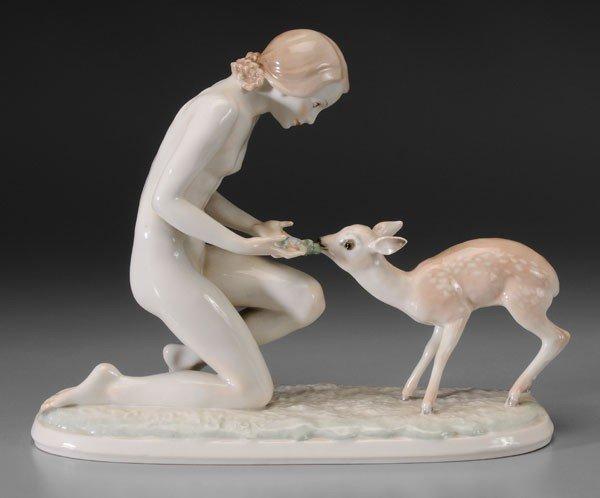 602: Hutschenreuther Figurine