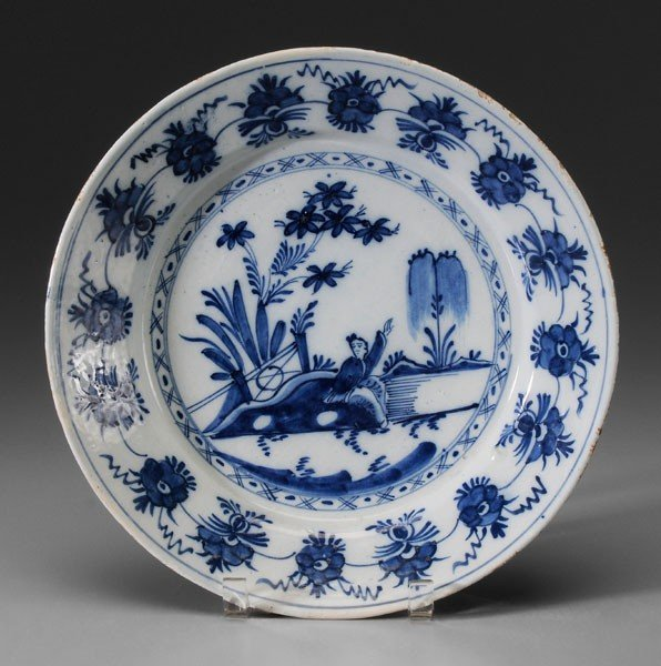 664: Delft Shallow Bowl