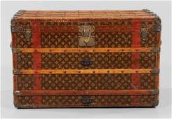 1112: Louis Vuitton Trunk