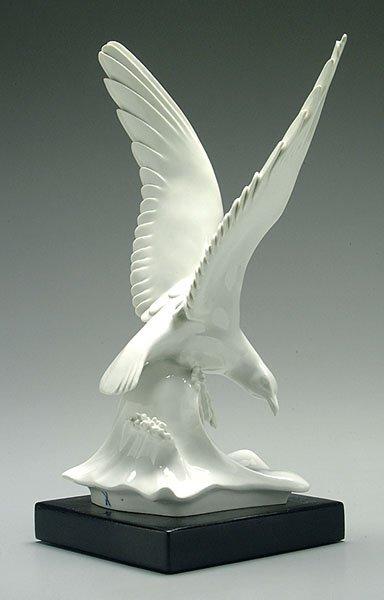 7: Meissen bird,