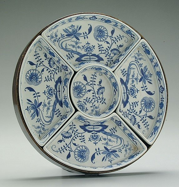 14C: Meissen-style serving dishes,