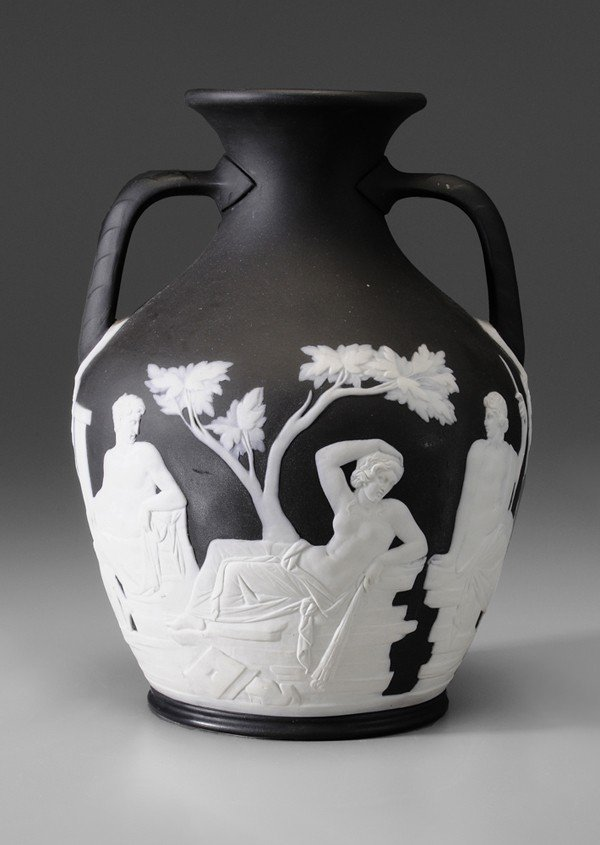 11: Wedgwood Portland Vase
