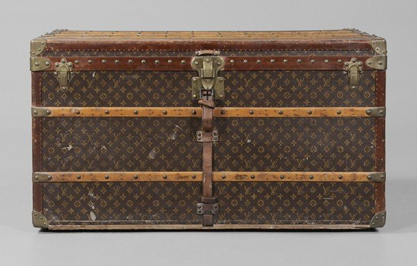 354: Vintage Louis Vuitton Steamer Trunk