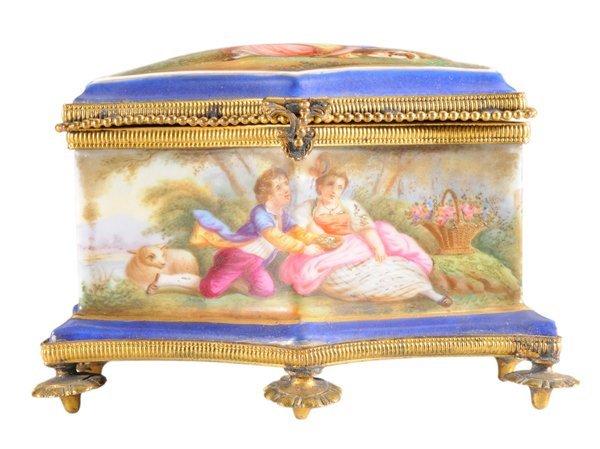 Sèvres Style Perfume Set