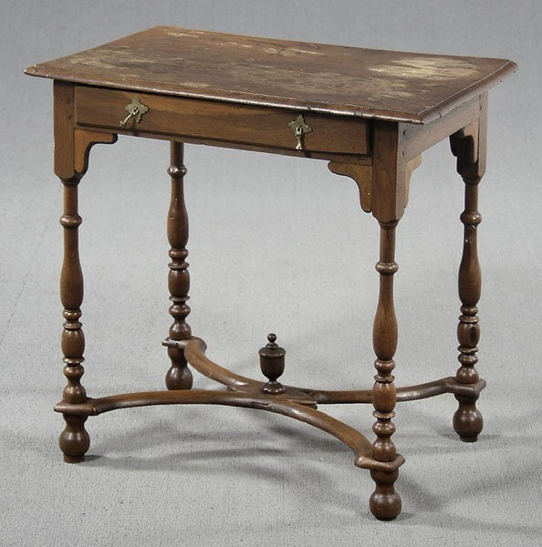 7: 18th century style oak stand,