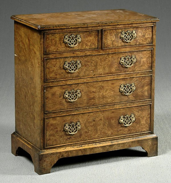 600: 18th century style burlwood chest,