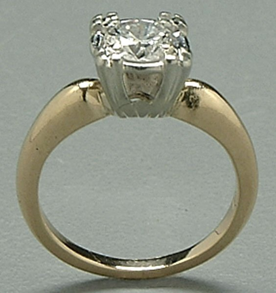 608: Diamond engagement ring,