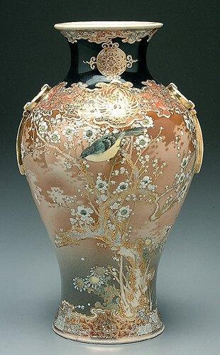 19: Satsuma vase, extensive cherry blossom de