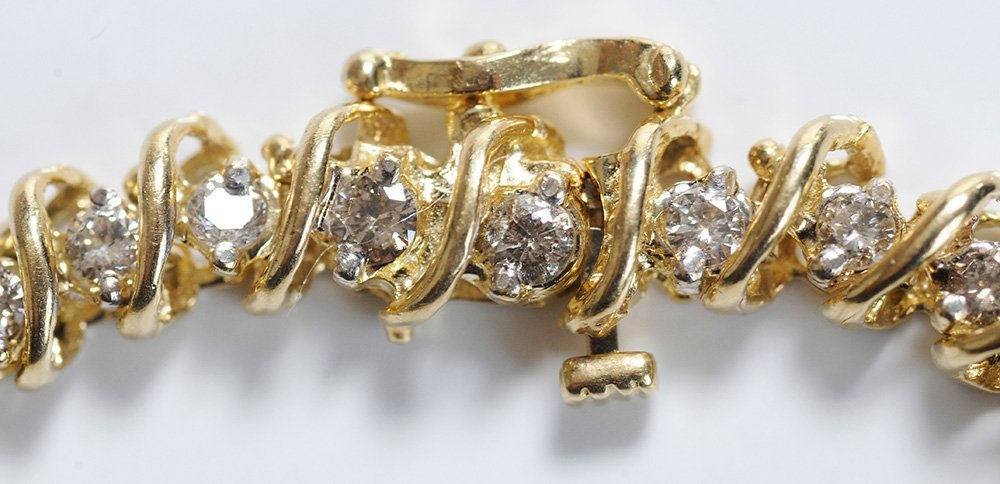Diamond and Gold Tennis Bracelet - 3