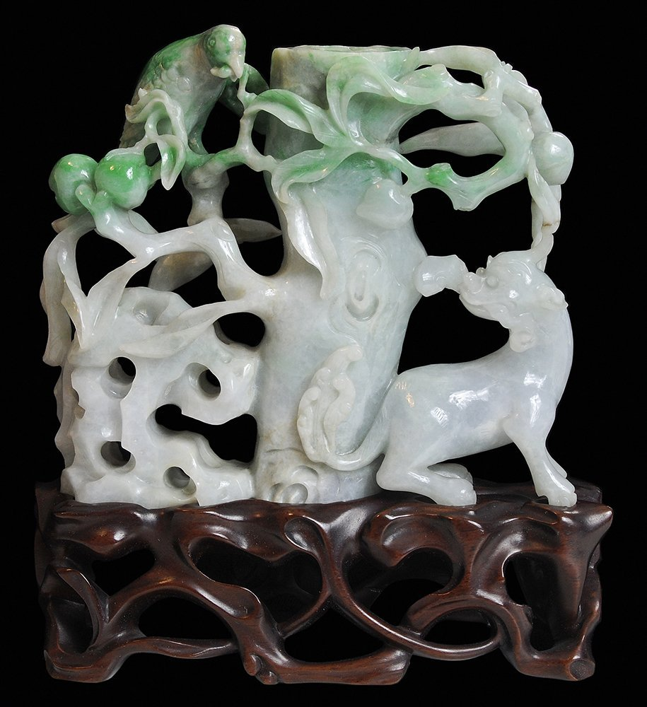 Finely Carved Jadeite Bird and Foo