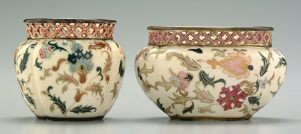 6: Two Zsolnay small vases: