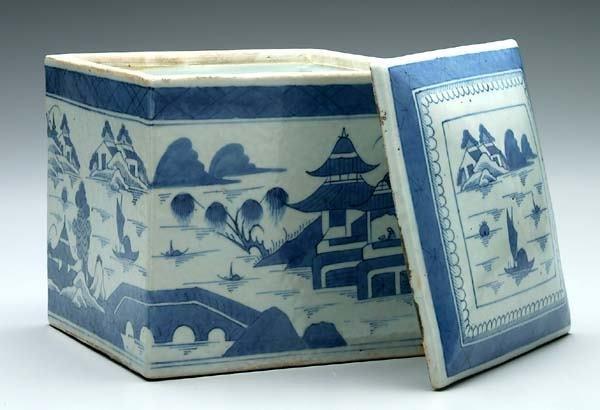 5: Canton lidded box,