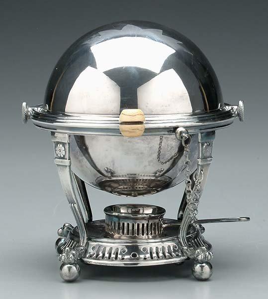 612: Silver-plated egg cruet,