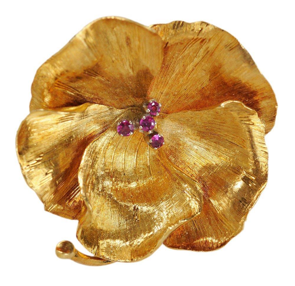 14 Karat Yellow Gold Flower Pin