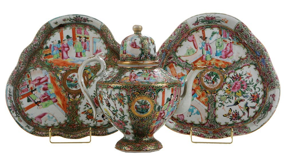 Rose Medallion Teapot and Two Trays